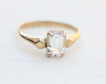 10K Clear Crystal Ring - Size 4.25