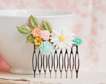 White Pink Aqua Flower Hair Comb Bridesmaid Gift Hair Accessory Nature Wedding Spring Garden Summer Hair Clip