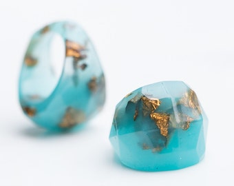 Turquoise Resin Statement Ring Dark Gold Flakes Mint Teal Aqua Faceted Cocktail Ring OOAK modern minimalist jewelry