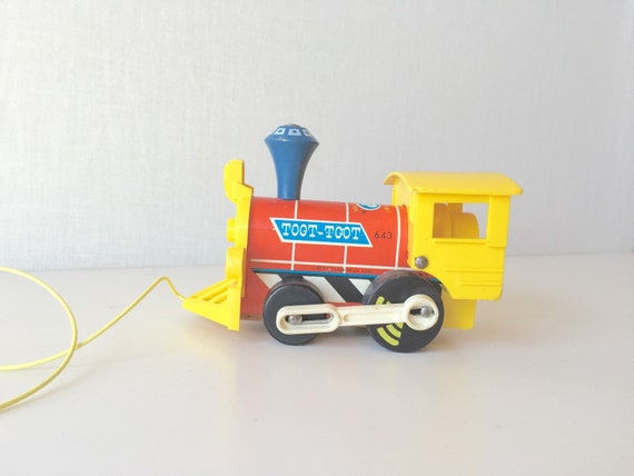 Vintage Train Toy Wooden Pull Toy Fisher Price Toot Toot 643
