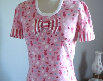 One Of A Kind Alice Print Top