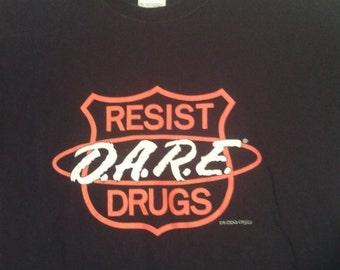 FLASH SALE D.A.R.E. Dare tshirt shirt men grunge boho Medium m black police shield anti drug