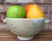 Handcrafted Ceramic Summer Florence Italy Fennel Light Green, White, and Light Beige Berry Bowl and Pasta Colander