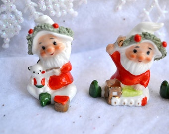 Vintage Napcoware Miniature Christmas Gnome Figurines - 4 Spaghetti Gnomes Cat