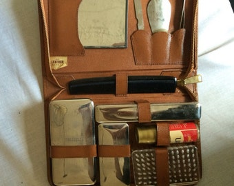 Vintage Men's Travel Grooming Shaving Kit with Leather Case
