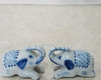 Delft elephant salt and pepper shakers