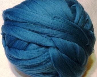 Wool Roving - Cyan Merino Wool Roving - 8 oz - Blue Roving, Blue Wool
