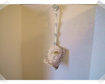 Metal Flower Clip Strip Wall Hanging/ Home Decor*