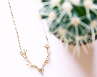 Deer antler necklace / Deer necklace/ Antler necklace, Animal jewelry, Silver antlers