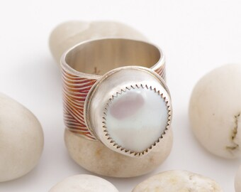 Yummy Bezel Set Pearl and Silver Ring