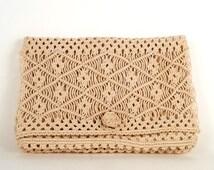 Vintage Summer Macramè string purse, 70's Hippie Bag,Button Style Closure, Bohemian Summer Handbag, Boho Chic , clutch purse off white