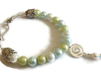 Pearl Bracelet . Blue and Green Pearls. Wedding Statement