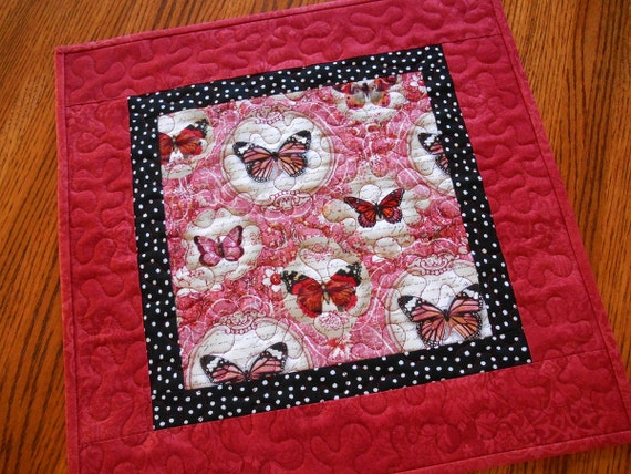 Butterfly Table Topper in Red Black and White, Quilted Square Table Topper, Vintage Look, Cottage Chic, Quilted Square Valentine Table Mat