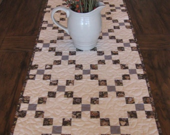 SALE Classic Nine Patch Table Runner