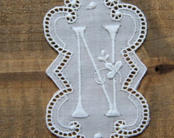 3.5 inch embroidery Monogram Initial N - vintage supply 90mm