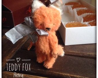 2 inch Artist Handmade Viscose Miniature Pocket Sized Teddy Fox Henry by Sasha Pokrass