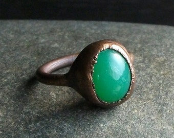 Chrysoprase Ring Gemstone Raw Copper Crystal Ring Emerald Cocktail Ring Rough Stone Jewelry Size 6.5