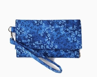 Blue Cushioned Phone Wristlet Wallet - Trifold Phone Wallet Clutch - Padded Wristlet - Smartphone Wallet - Phone Pouch