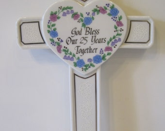 """Vintage Roman Inc """"God Bless Our 25 Years Together"""" Wall Hanging Cross 1991 Japan"""
