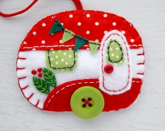 Felt Christmas ornament, Vintage trailer ornament, Vintage caravan ornament, Handmade felt caravan Christmas decoration, Vintage trailer.