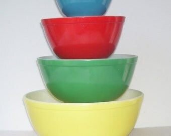 Vintage Pyrex Primary Stacking Bowls Set,  4 Pyrex Stacking Bowls, 401,402,403,404,  Pyrex Yellow, Green,Red, Blue Bowls, Mixing Bowls