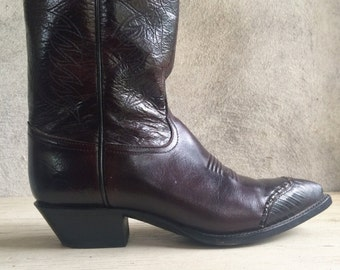 "Vintage Women's size 7.5 M (fits up to 8) 13"" tall oxblood brown cowgirl boot, Teju lizard wingtip Tony Lama cowboy boho Western boot"
