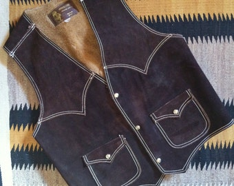 Vintage Women's Men's Small to Medium dark brown lined suede leather vest, Made in Mexico 1960s snap vest, Southwestern leather cowboy vest