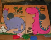 2 Dinos  toss  games  with 8   bean toss
