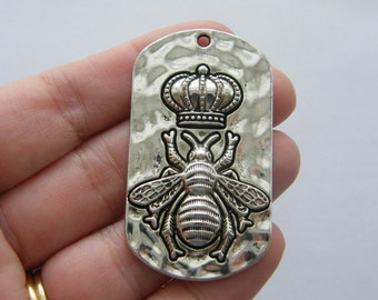 1 Queen bee charm antique silver tone M761
