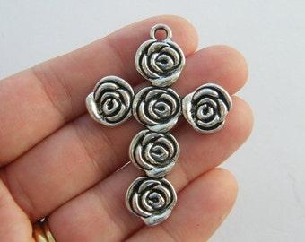 1 Cross pendant antique silver tone C46
