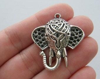 1 Elephant pendant antique silver tone A514