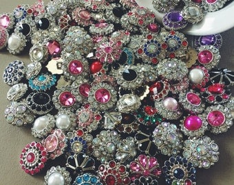 CLEARANCE Grab Bag of 50 Acrylic Rhinestone Buttons Flowers Weddings Proms Hairbows