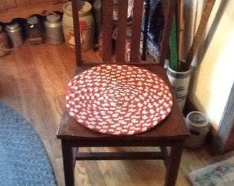 Vintage Braided Chair Cushions Two Red & White Country Kitchen Decor