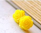 25% OFF Large Yellow Rose Earrings, Bright Yellow Flower Stud Earrings, Big Roses, Retro Jewelry, Cottage Chic Vintage Style Jewelry - The R