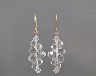 Bridal earrings, Crystal earrings, Bridal party gift, Bridesmaid earrings, Wedding earrings, Swarovski earrings, Clear crystal drop.