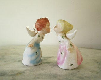 Sweet Pair of Vintage Porcelain Ceramic Kissing  Schmid Angel Couple Figurines