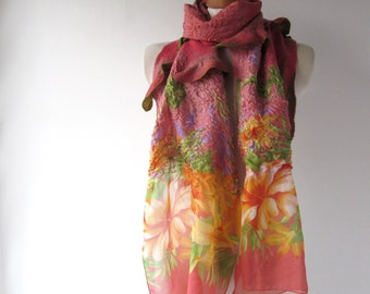 Nuno felted  scarf,  Pink flower   scarf,   warm winter scarf,  floral scarf , women felt shawl by Galafilc