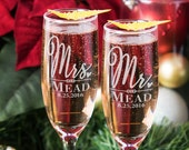 Custom Mr and Mrs Newly Married Champagne Glasses w/ Last Name Date Set of 2 Wedding Flutes Couples, Toasting, Anniversary, Engagement Gift