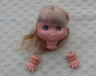 Pretty Face Doll Head with Big Eyes Zims's Long Blonde Hair 4 1/2 Inch, Hands Included