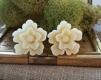 Bridal Plugs, Girly Plugs, Flower Plugs, Cream, Lilies