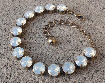 White Opal Swarovski Crystal Tennis Bracelet, Opal Crystal Cup Chain Bracelet, Bridesmaid Opal Crystal Bracelet, White Opal Boho Bracelet