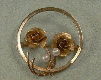 Vintage Turin Inc. 12K Gold Filled Roses & Cultured Pearl Circle Pin / Brooch