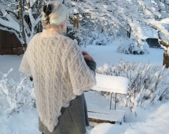 Pale beige/grey knitted triangle shawl, Handknitted triangular shawl, Mohair shalw, Lace shawl, Knitted lace wrap