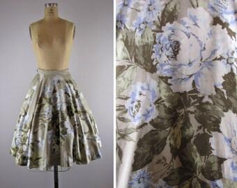 1950s floral skirt / 50s cotton skirt / Blue Roses skirt