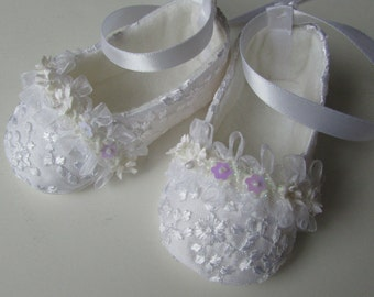 Christening Shoes . Baby Girl Shoes . White Bridal Lace Ballet Slippers . Baptism Shoes Flats . Blessing . Dedication . Baby Ballerina