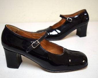 VINTAGE ESPACE Robert Clegerie Black Patent Mary Jane Pumps Portugal Size 9 B