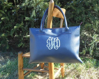 SALE..Monogrammed Tote... Purse... Handbag....Zipper closure