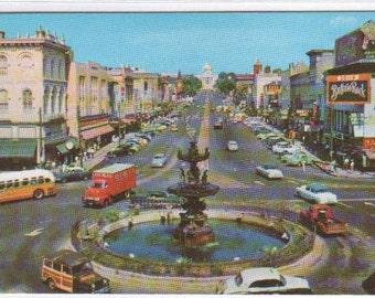 Dexter Avenue Street Scene Car Bus Montgomery Alabama postcard