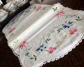 Embroidered Table Runner, Linen with Embroidery, Floral Motif, Crochet Edging, White Linen 13104