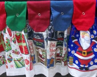 Hanging Kitchen Towels - Christmas - Presents - Santa